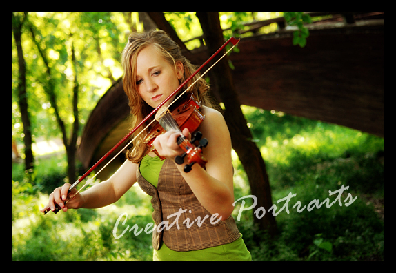 senior-portrait-violin