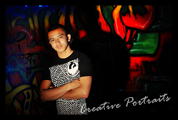 graffiti-wall-senior-portrait