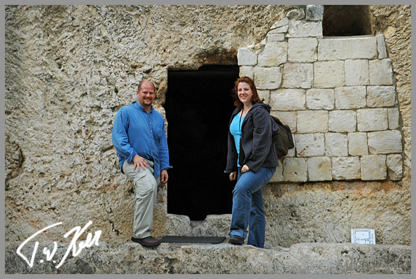 Tom and Wendy in From of GArden Tomb
