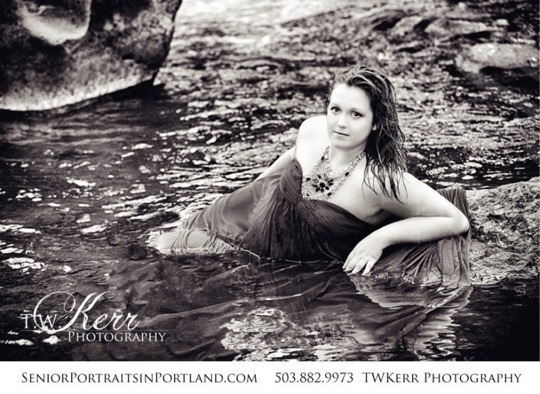 clackamas-river-senior-pictures